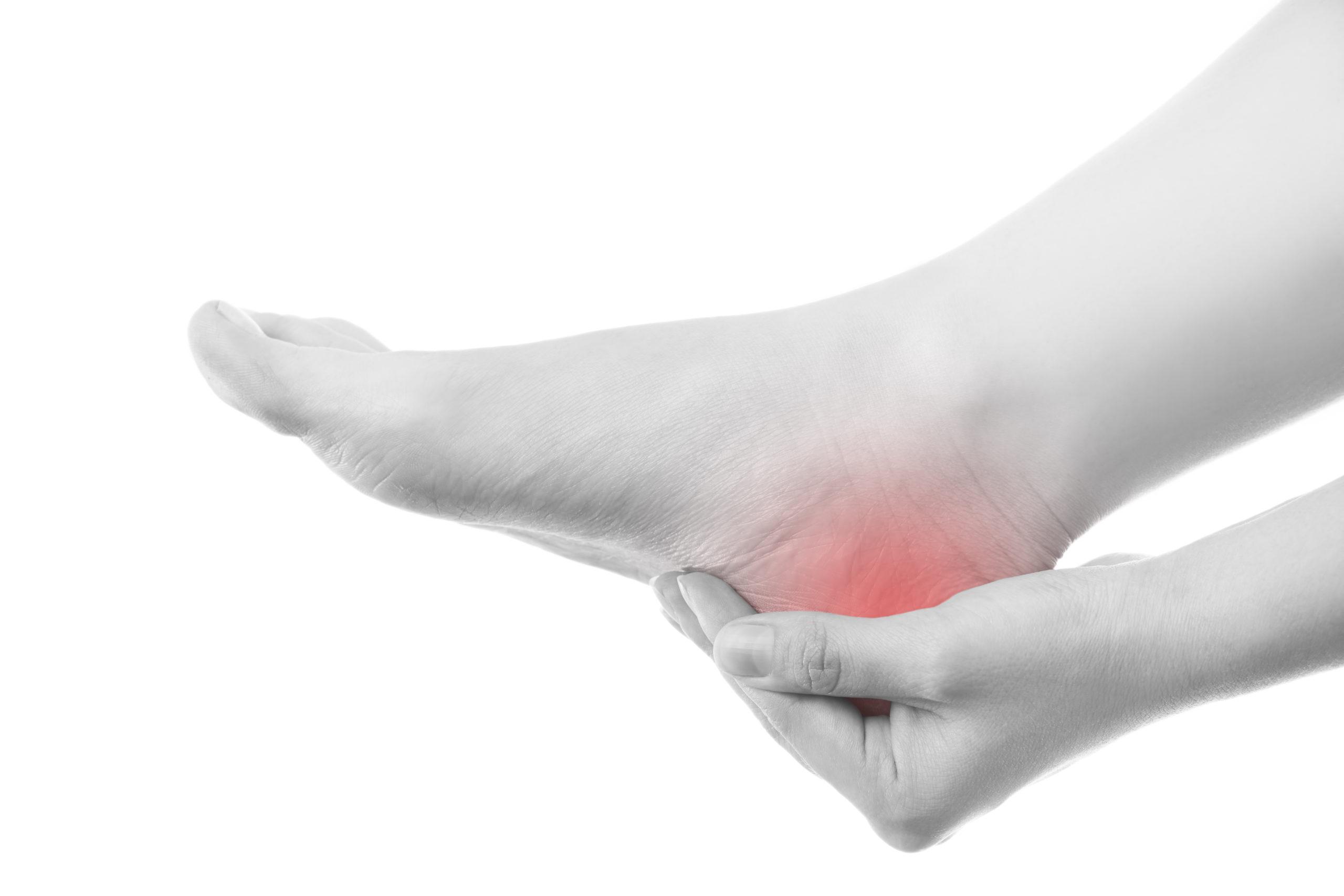 região da dor no osso do calcâneo